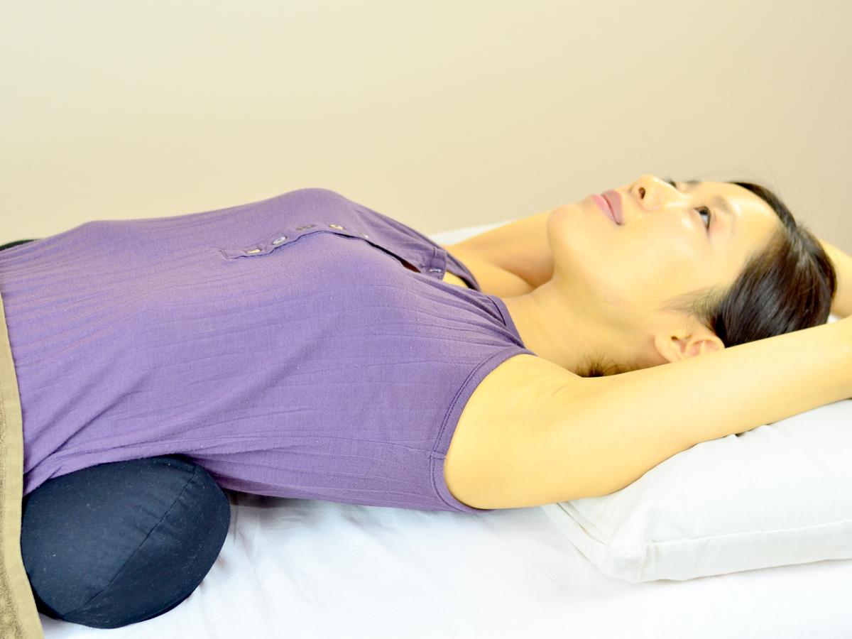 背筋のびのび枕