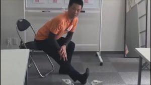 ハムストリングをストレッチするワークショップ川﨑講師
